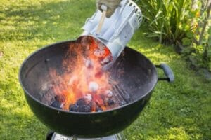 How To Start A Charcoal Grill 2